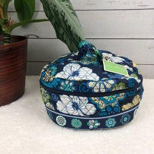 NWT Vera Bradley Floral Blue Print Travel Case -S2